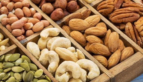 Eating Nuts May Lower Cancer Risk