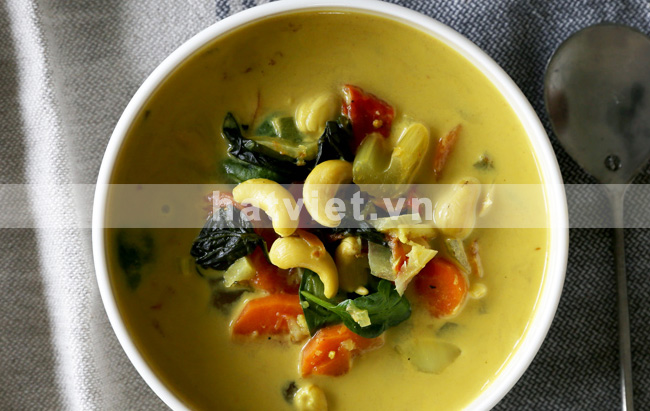 Coconut Cashew Soup with Turmeric & Ginger