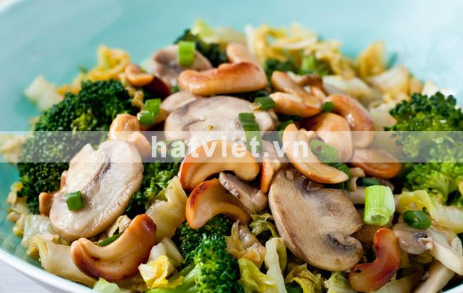Cơm rang Biryani với thịt gà tây