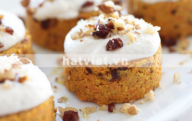 Carrot cake with cashew