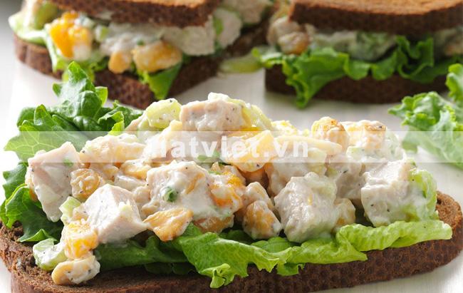 hạt điều wasabi - Sandwiches salad gà tây hạt điều